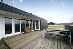 Skønt sommerhus... Klik for at se fotos af boligen: http://www.robinhus.dk/ejendom/default.asp?boligid=58321