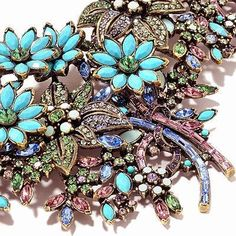 Heidi Daus detail of turquoise necklace.