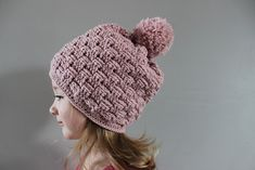 Ravelry: Little Basket Weave Hat pattern by Julie Lapalme ~ free pdf pattern ~ Hat comes in sizes toddler, child and adult.