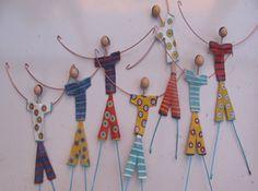 idea for flat people in foam board Kids Art Class, Art For Kids, Crafts For Kids, Arts And Crafts, Wire Crafts, Bead Crafts, Paper Crafts, Craft Items, Craft Gifts