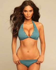 12 Ginalingan Poses of Pia Wurtzbach that will definitely make your summer hotter Bikini Fitness, Bikini Workout, Mädchen In Bikinis, Cute Bikinis, String Bikinis, Sexy Bikini, Bikini Girls, Pia Wurtzbach Swimsuit, Bikini Competitor