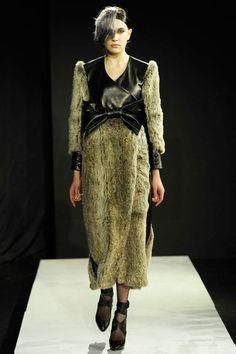 Mandy Coon AW11 Lk20: Venus in Furs