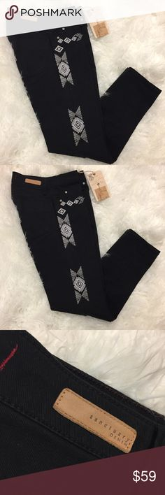 Sanctuary Aztec embroidered black skinny jeans 🖤 Sanctuary Denim NWT. Size 24. These jeans are super cute and have an AMAZING design embroidered going down the leg. I am clearing out back stock from my mobile boutique business and personal closet so please check out my other items from my posh closet for some rad finds! Sanctuary Jeans Skinny