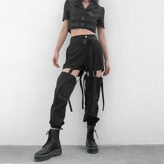 Buckle Hollow Out Black Cargo Pants – Faveux Fashion