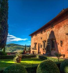 """""""Said to be the birthplace of the Mona Lisa in the late 1400s. Villa Vignamaggio is situated just outside Greve in Chianti. The movie """"Much Ado About Nothing"""" was set here."""" (Photo and caption shared by Richard Smith)"""