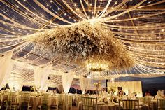 How to Use Flowers in Your Wedding Decor - BollywoodShaadis.com
