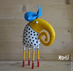 yellow elephant by MarLitoys on Etsy 2019 yellow elephant by MarLitoys on Etsy The post yellow elephant by MarLitoys on Etsy 2019 appeared first on Paper ideas. Paper Mache Projects, Paper Mache Clay, Paper Mache Sculpture, Paper Mache Crafts, Soft Sculpture, Paper Toy, Diy Paper, Fabric Animals, Fabric Toys