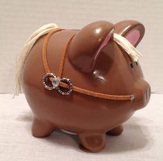 custom piggy bank by Thislilpiggybank on Etsy, $23.00 - horse bank, so cute!!                                                                                                                                                                                 Más
