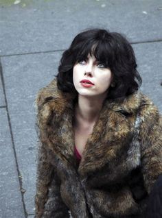 Scarlett Johansson gets 'Under the Skin' filming sci-fi movie- Really like this haircut