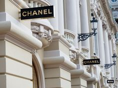 Luxury fashion companies Chanel and Prada announced Tuesday that they have postponed fashion shows that were scheduled to take place in Asia later this year due to the. Dolce & Gabbana, Gianni Versace, Hugo Boss, Moschino, World Of Fashion, Girl Fashion, Prada, Gabrielle Bonheur Chanel, Christian Louboutin