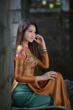 17970236946_7aac5c6b0e_o | Áo Dài Lung Thị Linh | Flickr