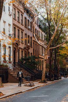 new york & new york aesthetic ; new york ; new york city ; new york cheesecake ; new york apartment ; new york strip steak recipes ; new york city aesthetic ; new york city photography New York Life, Nyc Life, Greenwich Village, Greenwich New York, City Aesthetic, Travel Aesthetic, Aesthetic Girl, Aesthetic Vintage, New York Tipps