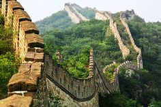 Truths about the Great Wall of China – Historical Facts Places Ive Been, Places To Go, Great Wall Of China, China Wall, History Projects, History Photos, China Travel, Best Location, Beijing