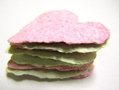 Seed Paper-Make with the kids and give as fun springtime gifts to people you love.When the flowers grow they will think of you. My Funny Valentine, Homemade Valentines, Valentine Day Crafts, Easter Crafts, Valentines Surprise, Seed Activities For Kids, Crafts For Kids, Children Crafts, Homemade Gifts