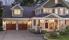 Find out what questions to ask and mistakes to avoid if you're buying a new garage door. Plus ideas on how to increase curb appeal with a stylish garage door.