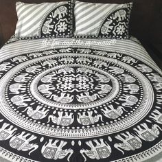 Mandala Quilt Cover 2 Matching Pillowcases Boho Duvet Cover and... ($70) ❤ liked on Polyvore featuring home, bed & bath, bedding, duvet covers, grey, home & living, black and white duvet, black and white bedding, black and white queen bedding and grey bedding