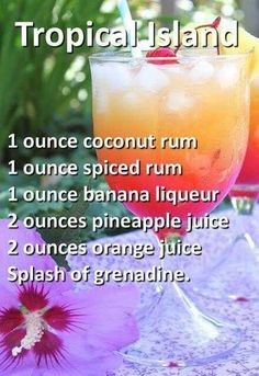 Halloween Cocktail Recipes that are Spooktacular - Cocktail-rezepte Liquor Drinks, Cocktail Drinks, Beverages, Cocktail Recipes, Mixed Drinks Alcohol, Alcohol Drink Recipes, Mixed Drink Recipes, Tropical Alcoholic Drinks, Fireball Recipes