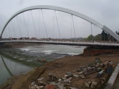 Alessandria's new bridge over the Tanaro, the Cittadella Bridge designed by Richard Meier & Partners Architects, was inaugurated on October 22 and 23: a project suspended between the past and the future, as Richard Meier describes it. #Architecture #Design