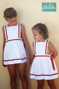 Unverzichtbar im Sommerkoffer, Badeanzüge, Sweatshirts, Marinkleider . Little Girl Outfits, Cute Outfits For Kids, Little Girl Dresses, Tween Fashion, Baby Girl Fashion, Toddler Fashion, Baby Girl Dresses, Baby Dress, Preppy Baby Girl