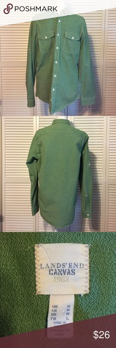 🔥LANDS END🔥NWOT MENS CANVAS GREEN BUTTON DOWN NWOT. Men's Green Lands End Canvas button down shirt. Perfect condition. Size Medium Lands' End Shirts Casual Button Down Shirts