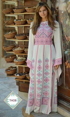 So pretty, Palestinian dress, lovely soft colours, pastel pinks, turquoise and creamy white. Abaya Fashion, Modest Fashion, Fashion Dresses, Embroidery Fashion, Embroidery Dress, Arabic Dress, Mode Top, Folk Fashion, Embroidered Clothes