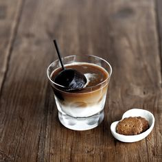 Enjoy Iced Cafe au lait with the spherical ice cubes of espresso.