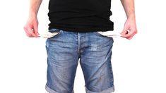 Půjčka – velmi často skloňované slovo. Čím dál více českých domácností se zadlužuje. Jak jsou na tom Češi ohledně půjček a splácení? Kolik půjček má průměrný český občan? Proč je adekvátním řešením refinancování? Mít půjčku je čím dál častější záležitostí. Je mnoho situací, kdy je půjčka jedinou pomocí. Ať už se jedná