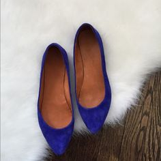 Madewell flats Worn a few times still in good condition Madewell Shoes Flats & Loafers