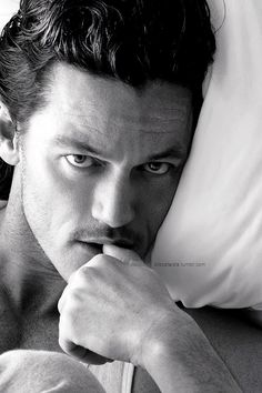 bardbardy:  There's not enough Luke Evans on tumblr, and I'm fixing it  6/20