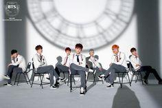 Would you rather 《Bts》 Foto Jungkook, Bts Jin, Jhope, Foto Bts, Bts Just One Day, Skool Luv Affair, Bts Group, Bts Pictures, Bts Memes