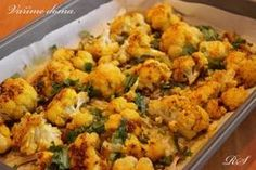 PEČENÝ KVĚTÁK Vegetarian Stew, Vegetarian Recipes, Low Carb Recipes, Diet Recipes, Healthy Recipes, Good Food, Yummy Food, Cauliflower, Healthy Life