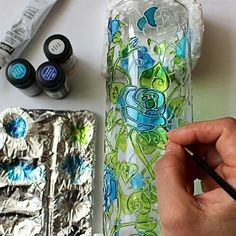 8 Easy Tips AND Tricks: Unique Vases Shops fake flower vases. Glass Painting Patterns, Glass Painting Designs, Paint Designs, Glass Bottle Crafts, Wine Bottle Art, Glass Bottles, Diy Bottle, Thrown Pottery, Pottery Vase
