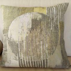 Moonshine - cuscino 100% seta - silk handmade batik unique piece Tapestry, Throw Pillows, Silk, Unique, Handmade, Home Decor, Hanging Tapestry, Tapestries, Toss Pillows