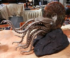 Ammonite fossil meets art - and it's kinda cool.