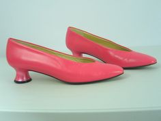 Vintage NORMA B Pink Leather Pumps American Designer  late 1960s Mad Men Rockabilly sz 5-5.5 M Made in Spain in excellent vintage condition. by PinkyLaRoux on Etsy
