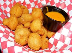 Deep Fried Mushrooms-so easy & delicious, dip in spicy horseradish sauce