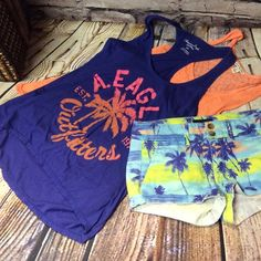 2 AMERICAN EAGLE TANKS 2 gently used tanks that are great to layer or wear alone. American Eagle Outfitters Tops Tank Tops
