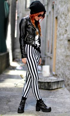 Edgy striped leggings and leather jacket. grunge outfits for teenage girls Indie Outfits, Punk Outfits, Grunge Outfits, Fashion Outfits, Ootd Fashion, Fashion Boutique, Fashion Boots, Punk Fashion, Grunge Fashion