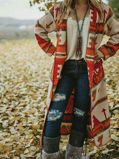 Boho cardigan, boho jacket, hippoe style Source by alexintheshadow boho Moda Boho, Moda Hippie, Estilo Cowgirl, Estilo Hippie, Look Boho Chic, Bohemian Style, Bohemian Fashion, Dark Bohemian, Bohemian Dresses
