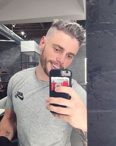Pin for Later: Prepare to Crush So Hard on Olympic Skier Gus Kenworthy This Silver Fox Realness