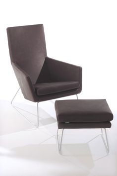 DON - Sessel von Label van den Berg Lounge Areas, Lounge Chairs, Floor Chair, Hammock, Modern Design, Ottoman, Armchair, Label, Van