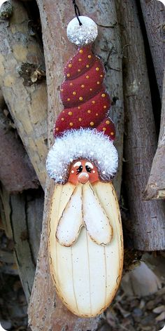 Old Fashion Santa Ornament -Handgekapte van 1/8 Baltische berken hout -Veel Detail + charme -Meet ongeveer 6 1/2 x 1 1/2 brede hoog -Ontwerp