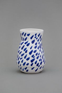 Shio Kusaka     (grid 5), 2010     Porcelain     5 1/4 x 6 1/2 x 6 1/4 inches     Courtesy Anton Kern Gallery, New York     (AK# 7771)