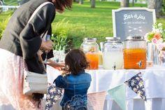 Bar à jus pour les enfants durant un mariage!