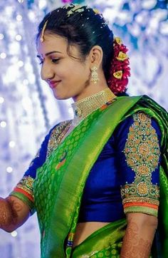 South Indian Bridal Fashion - We Inspire South Indian Bride Each Month Indian Bridal Sarees, Wedding Silk Saree, Indian Silk Sarees, Indian Bridal Fashion, Indian Blouse, Pattu Saree Blouse Designs, Bridal Blouse Designs, Green Saree, Blue Saree