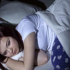 Why Poor Sleep in Teens Should Raise a Red Flag - Gesundheit Insomnia Causes, Insomnia Remedies, Natural Headache Remedies, Natural Home Remedies, Treating Insomnia, Natural Healing, Depression Treatment, Best Medication For Depression, Sleep