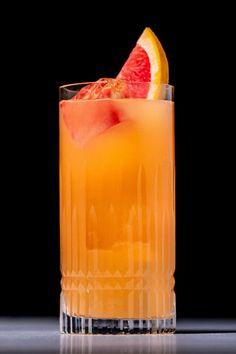 Frenchie Cocktail Recipe Gin Based Cocktails, Cocktails To Try, Summer Cocktails, Cocktail Illustration, Cocktail Recipes, Drink Recipes, Cocktail Mix, Original Recipe, Bartender