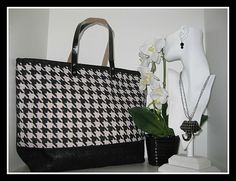 Our Houndstooth Classic Jutes are back and available for purchase for just $21.99 @ Sealy Furniture Co. 1534 Grerensboro Ave. Tuscaloosa Al. 35401  205-391-6094 or visit us online @ www.sealyoncampus.com Tuscaloosa Alabama, University Of Alabama, Coq, Furniture Outlet, Houndstooth, Jute, Home Accessories, Swag, Tote Bag