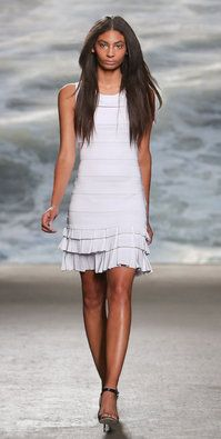 Antonella from Rolando Santana Rockin Robin, Line Shopping, Tiered Dress, Only Fashion, Lovely Dresses, How To Feel Beautiful, Knit Dress, Short Dresses, Feminine