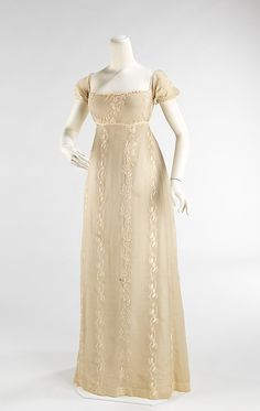 Evening dress, c. 1810-12. Fine Indian muslin. From the collections of the Metropolitan Museum of Art